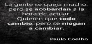 Paulo Coelho niegan